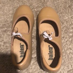 Very slightly worn tap shoes